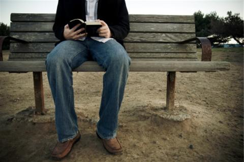 man_reading_bible